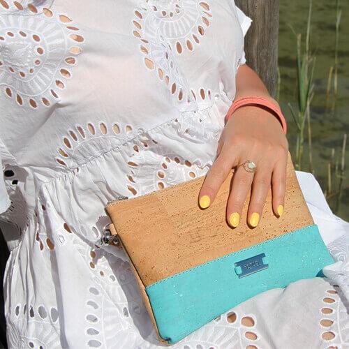 Pochette turquoise en liège pour femme